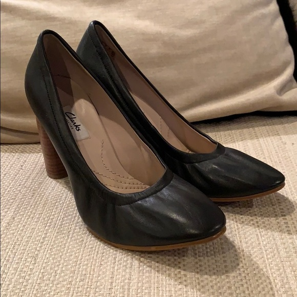 köp på nätet pålitlig kvalitet äkta kvalitet Clarks Shoes | Narrative Black Leather Pumps | Poshmark